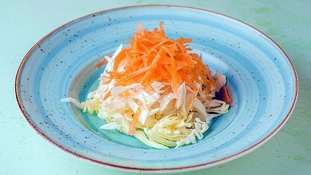 Σαλάτα-λάχανο-καρότο